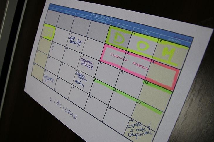 organizacja czasu - kalendarz ścienny