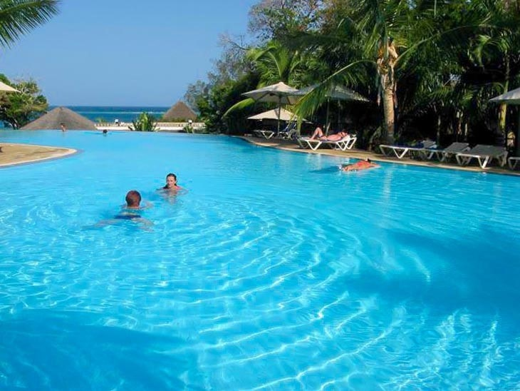 baobab beach resort infinity pool