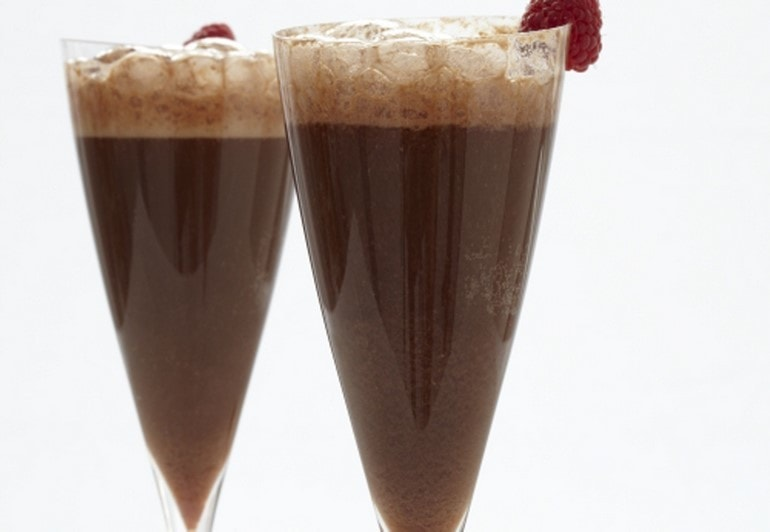 Chocolate-rspbry-fizz-cockt