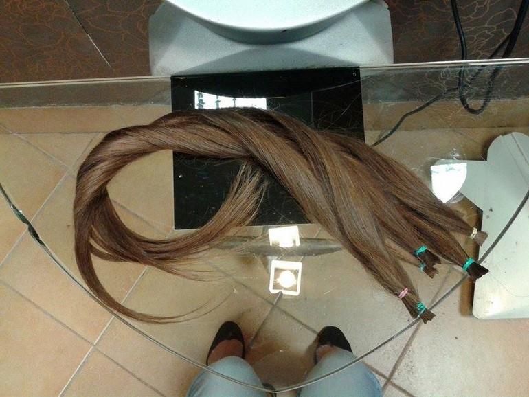 oddać włosy naperukę