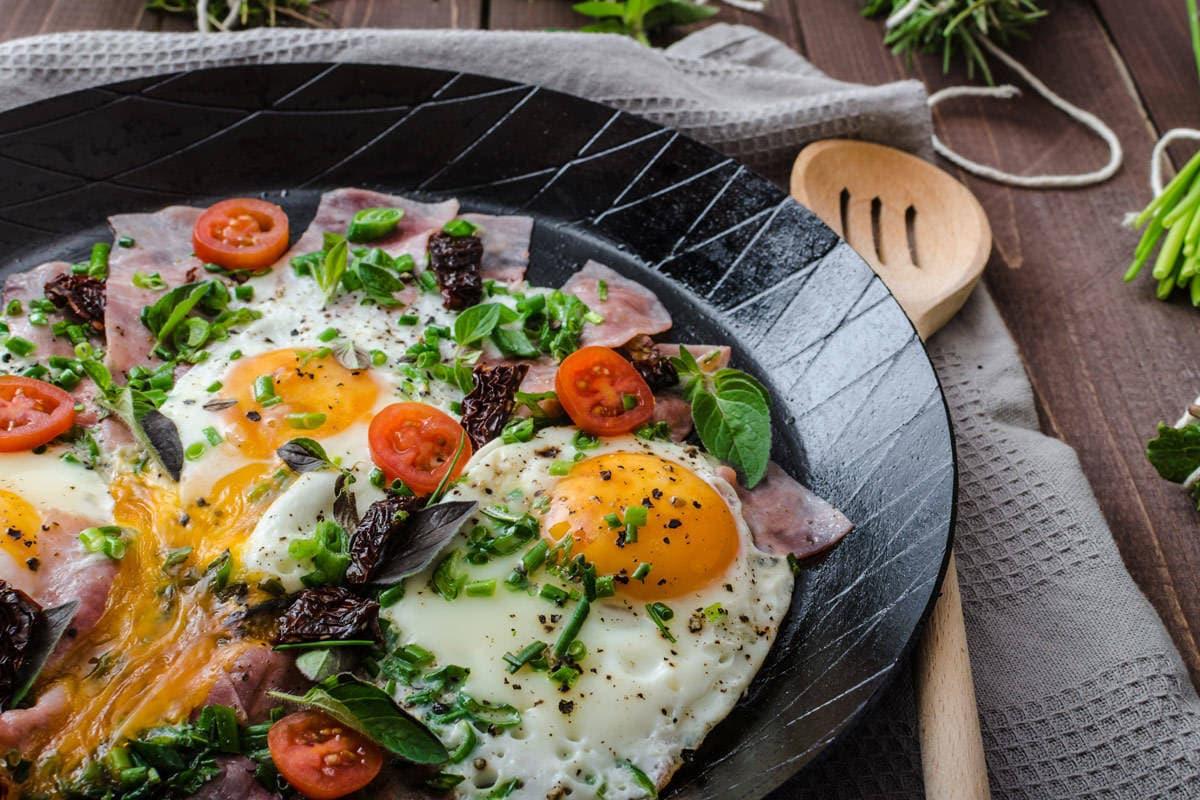 śniadania białkowo - tłuszczowe