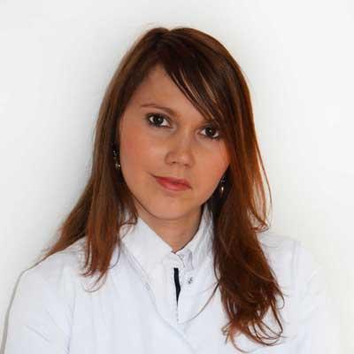 dr  Anna Januszewicz